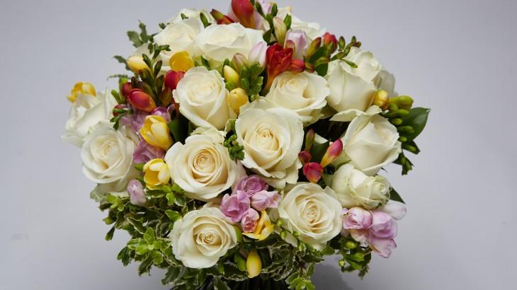 freesia-bouquet-anniversaire
